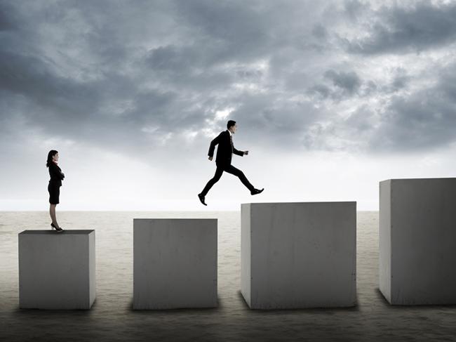 Online marketing race in rankings